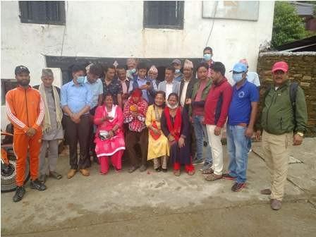 नेपाली कांग्रेस बाट जननिर्वाचित वडा सदस्य (बादल) नेकपा एमालेमा प्रवेश
