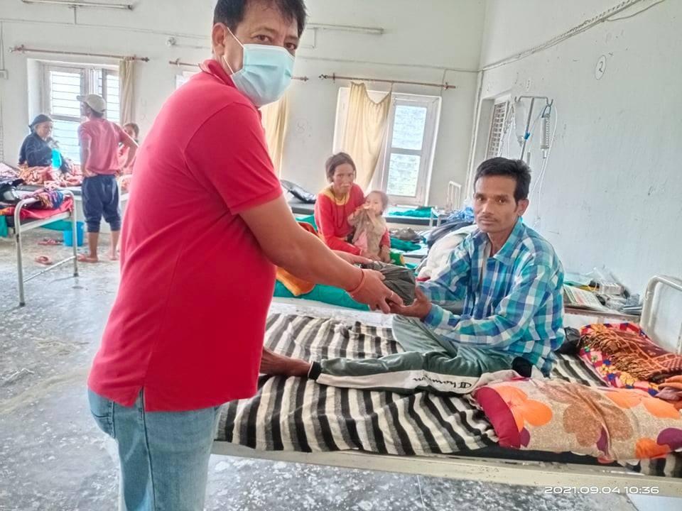 नेपाल रेडक्रस सोसाइटीद्धारा ७८ औं स्थापना दिवसको अवसरमा फलफुल वितरण